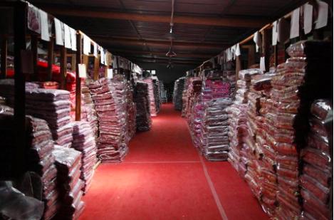 杨浦区的高先生找上海yabovip007公司零担yabo直播官方下载一批布料